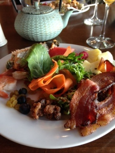 Yummy Sunday Brunch at Cave B