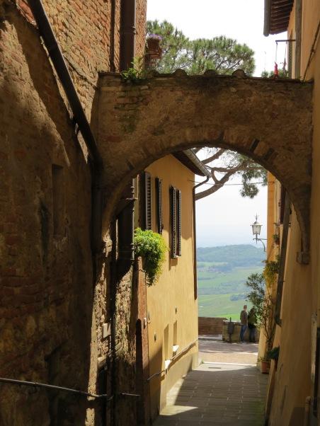 Montepulciano Alley